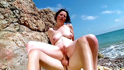 Nude mature fucked R not later than a beach trip