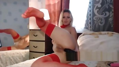 Order about housewife in sexy red-hot lingerie