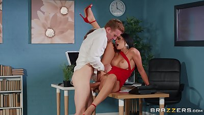 Top hardcore sex scenes be incumbent on the Indian MILF and the extremist guy