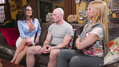 Sex-starved babes Sarah Vandella together with Silvia Sage bang one bald headed dude