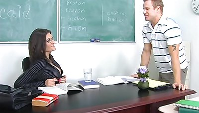 Sexy chemistry teacher Austin Kincaid gives her head and gets fucked on the table