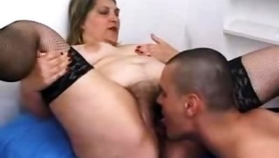 Gradual pussy mature in stockings fucking in borderline
