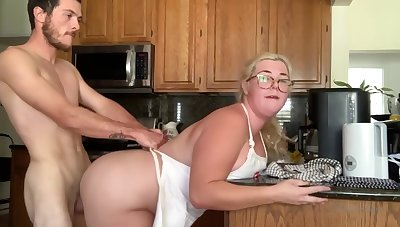 Chubby Sex In Pantry