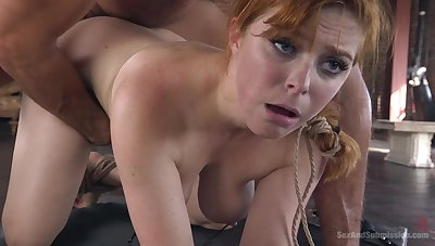 Ginger whore soaks pussy connected with endless cock